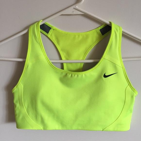 3e4ce9a8a057e NWOT Nike Sports Bra Dri Fit Neon Yellow Green S